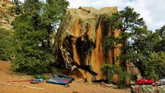 Rock Climbing Photo: Jared LaVacque working out the sit start of Acromi...