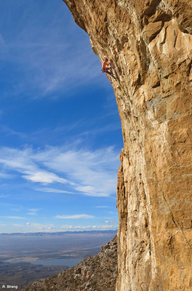 Ed Strang heads into the crux section<br> Old Man and the Sea(ka) (5.13c)