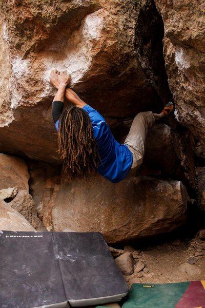 Pow Pow (V8)<br> Sad Boulders, Bishop, CA