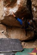 Rock Climbing Photo: Pow Pow (V8) Sad Boulders, Bishop, CA
