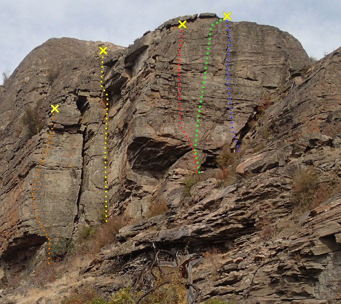 Rock Climbing Photo: West Wall -south end topo