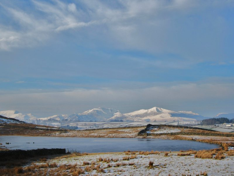 Rock Climbing Photo: Looking towards Causey and Grisdale Pike .. Winter...