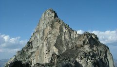 Rock Climbing Photo: The upper part of the south ridge of Brenta Spire