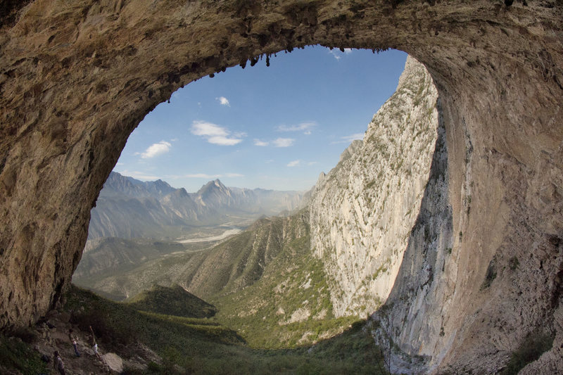 The mind bending La Bestia Cave in Parque La Huasteca