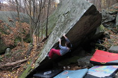 Rock Climbing Photo: Aubree at the start of 3a. Main Bloc Arete