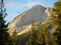 Rock Climbing Photo: Red line shows our approximate route up the west r...