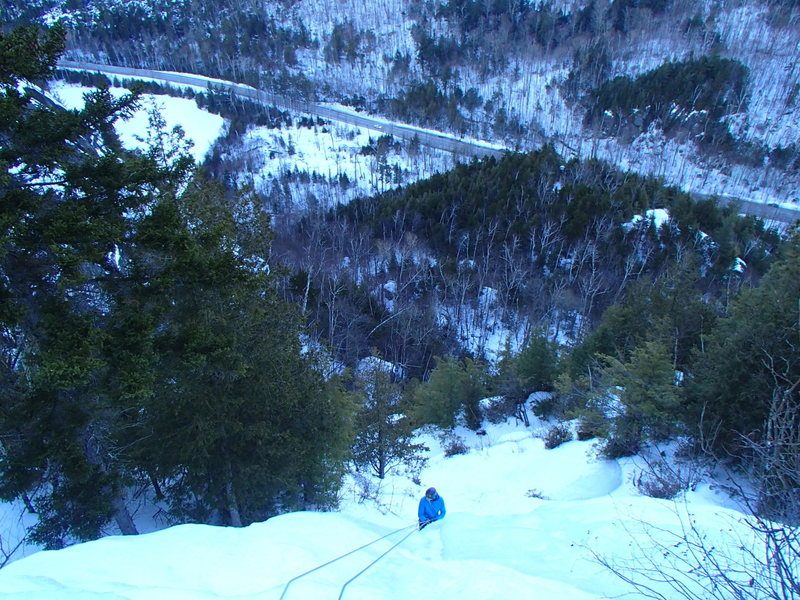 Jonathan Rappeling from the third pitch of Thaws WI3