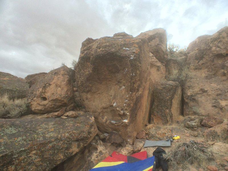 "Rock Climbing Photo: ""Andrew's Aréte"" V2: right across the v..."