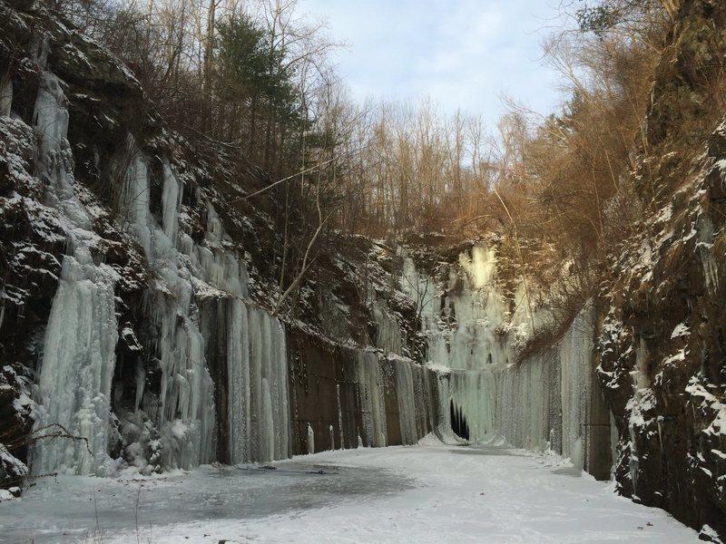 Rock Climbing Photo: Auburn Ice Canyon.