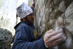 Rock Climbing Photo: Andrew on the starting holds of Shotgun.