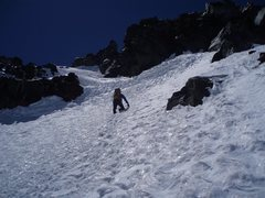 Rock Climbing Photo: Climbing up the final exit gully on Curtis Ridge. ...