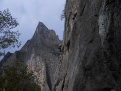 Rock Climbing Photo: Climber on Treasure of the Sierra Madre