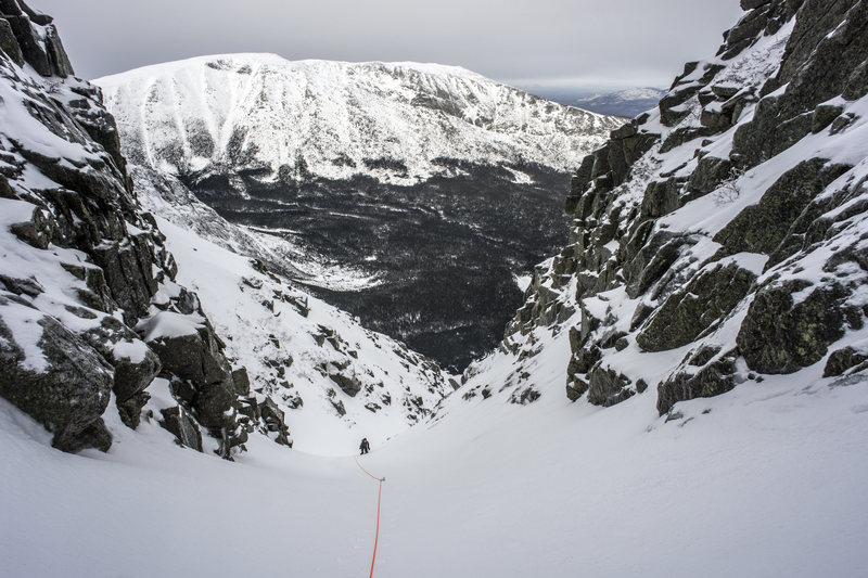 Simul-climbing the long snow gully.