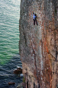 Rock Climbing Photo: Palisaid -- crux. Sept, 2014.