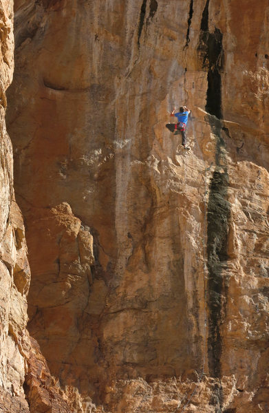 Ed Strang working on the unfinished?<br> OG Mudbone/The Black Streak (5.14?)
