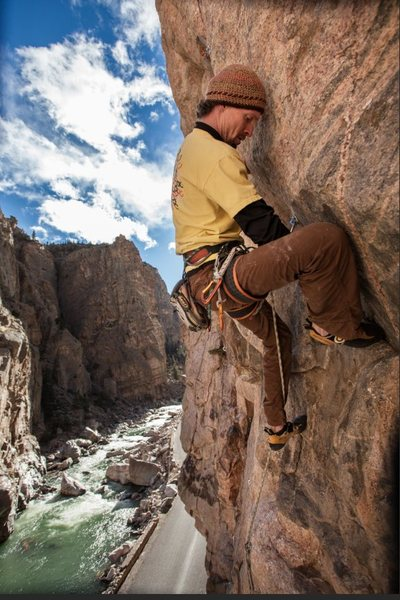Rock Climbing Photo: Mike Snyder working up into the crux of Oban 5.12c...