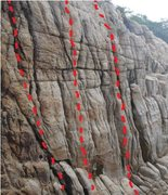 Rock Climbing Photo: Give a shit 6c 12m top rope only  Pumpy and good f...