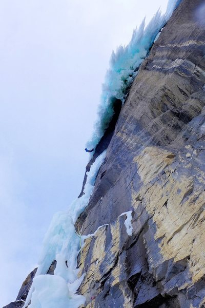 Rock Climbing Photo: Getting established on the ice curtain, exciting! ...