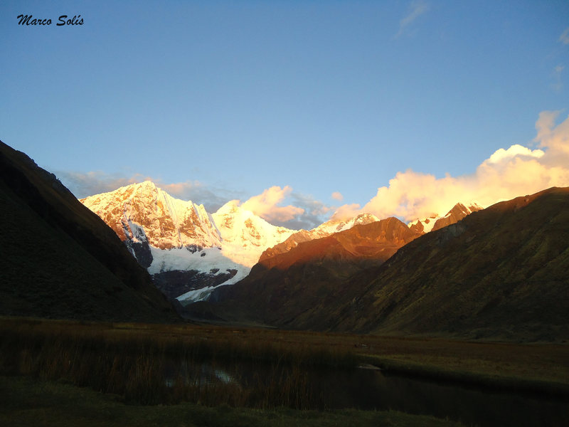Day 1: sunset in Jahuacocha