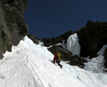 Rock Climbing Photo: Good perspective on the angle of Damnation Gully, ...