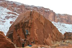 Rock Climbing Photo: Grim (Reacher)