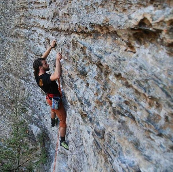 Cinderella 5.9 Red River Gorge