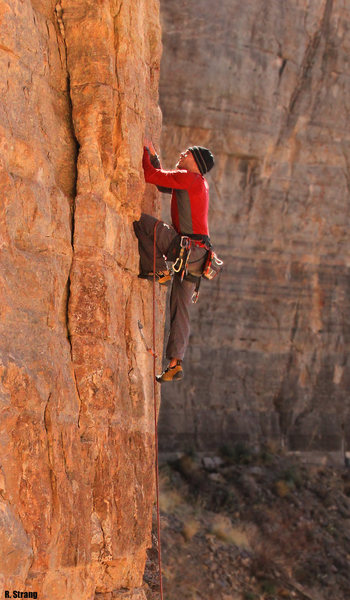 Fun easy climbig down low <br> The Iliad (5.10+)