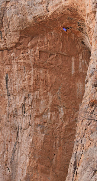 Ben Hanna working HARD! 5.14 -150' <br> OFF THE DECK! The Helsinki Project Extention The Bat Cave!