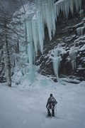 Rock Climbing Photo: Feb 7/15 dark chasm. John walters lead.great day i...