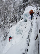 Rock Climbing Photo: The belay is now second from left on the walkway (...