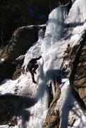 Rock Climbing Photo: Lefty loosey sharp end