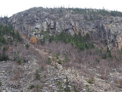Rock Climbing Photo: Left Side of Whitewall Mt (East side Zealand Notch...