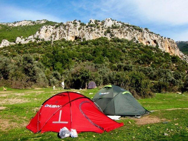 Önyüz from the car park/campsite