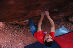 Rock Climbing Photo: Setting up for the big move on Monkey Bar Direct V...