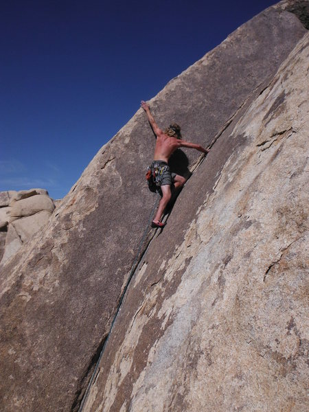Rock Climbing Photo: Going big on Bighorn Dihedral!