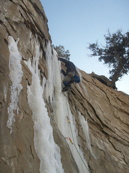 Leading a route in Huntington canyon
