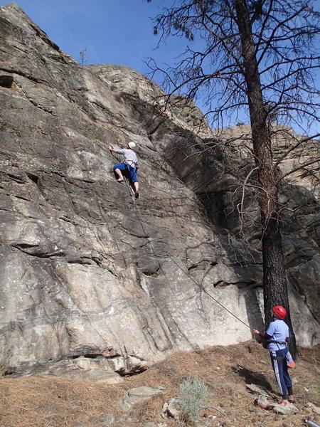 Rock Climbing Photo: Climbers on Low Hanging Fruit