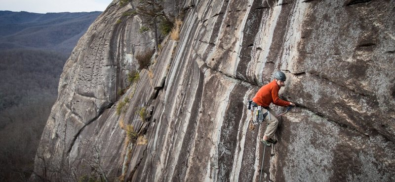 Pano of Choas in the P2 crux. Undercling-high-step over a tricam, classic Looking Glass. Photo credit goes to Kyle Jones at bluewallphotography.