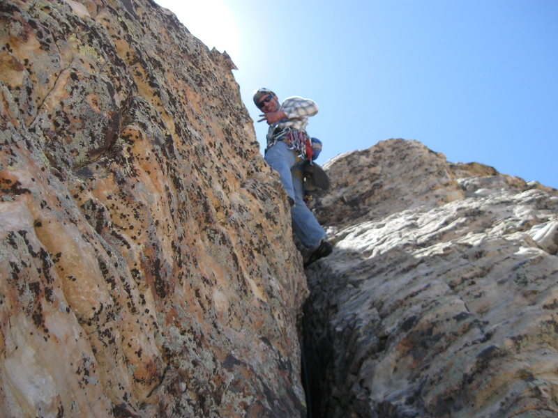 Leading an unknown Pitch on the Northeast Arete.