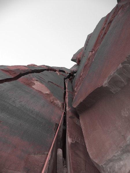 Rock Climbing Photo: Fist crack, its way harder than hand crack