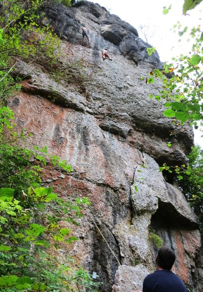 Rock Climbing Photo: The right side of Puttlacher Wand, with climbers o...