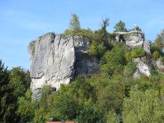 Rock Climbing Photo: Climbers and sightseers enjoying fine weather on S...