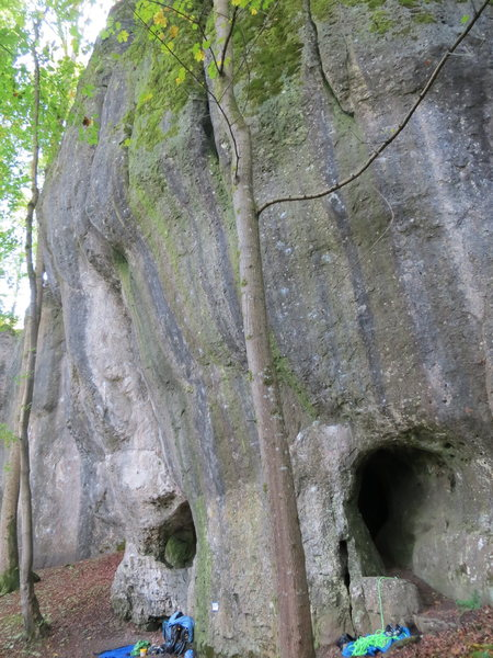 Rock Climbing Photo: The right side of Luisenwand.  The rope is below K...