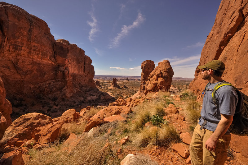 Rock Climbing Photo: Entrance to the first canyon-y part, looking out t...