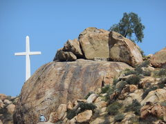 Rock Climbing Photo: A fine spring day at Joe Brown Boulder.