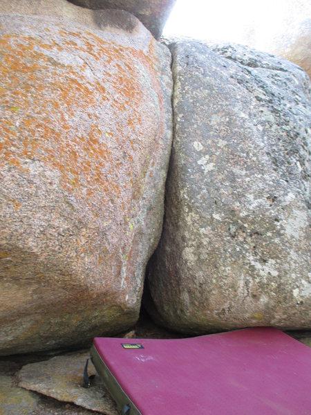 Rock Climbing Photo: SDS tips crack.