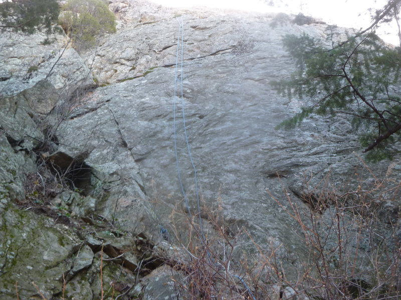 Rock Climbing Photo: The climb.  The rope is hanging down from the anch...
