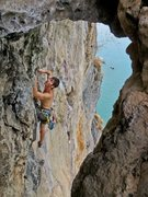 Rock Climbing Photo: Past high crux on The King and I. West Railay Beac...