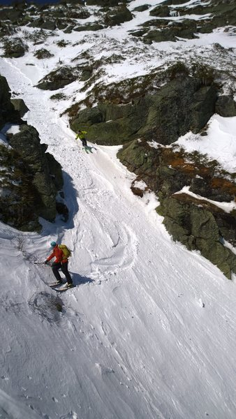 Some anonymous skiers from Vermont going down Diagonal gully in spring conditions. This is about 2/3 of the way up, on the only flat section of the route.