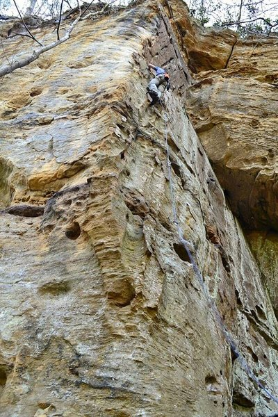 Using the Mammut Tusk on Boilerplate in The Crossroads at the Red River Gorge.